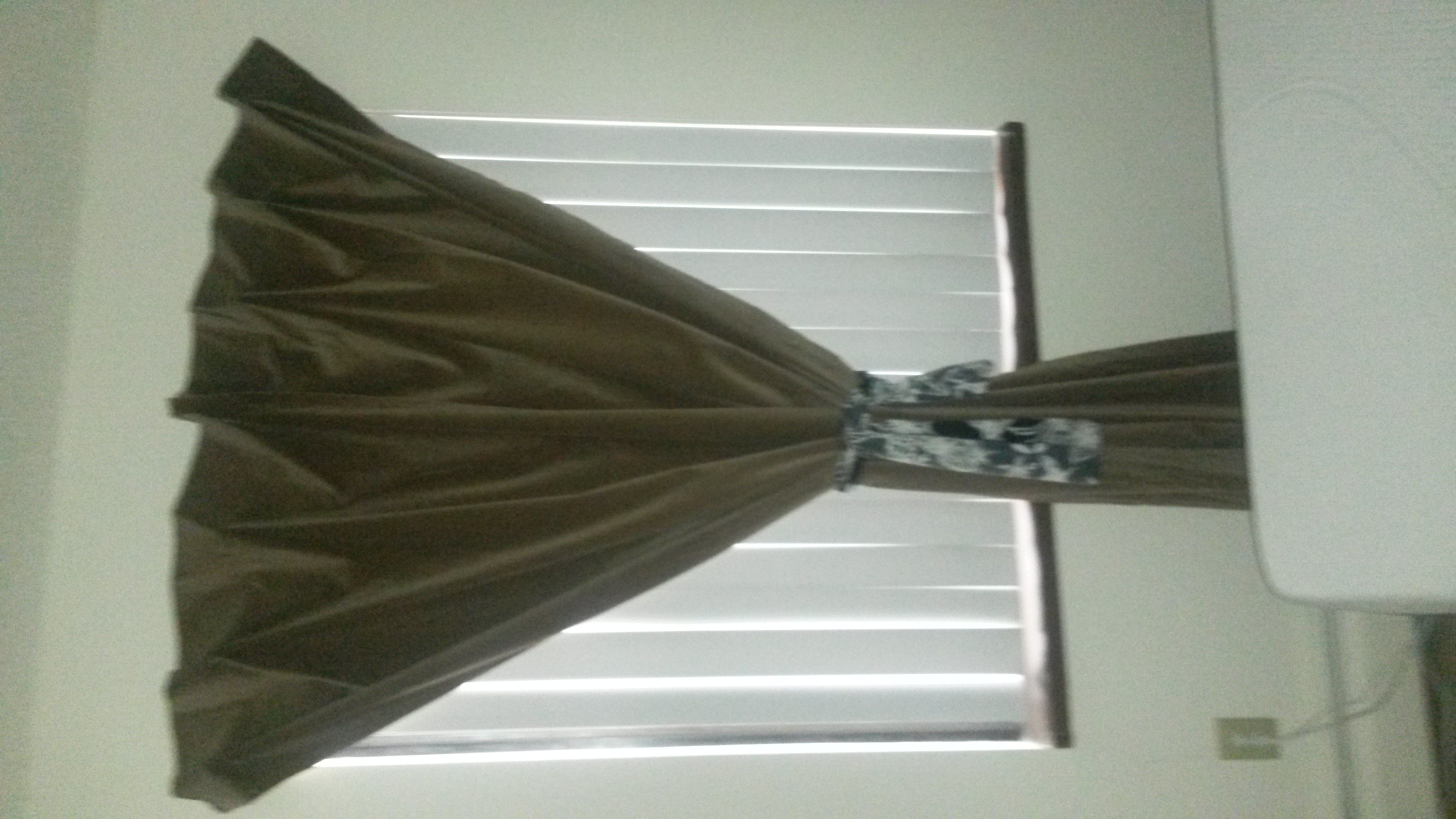 Hanging a curtain without a curtain rod skywaymom